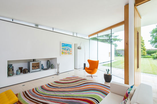 Gareth Hoskins-designed contemporary modernist property in Ladybank, Fife, Scotland