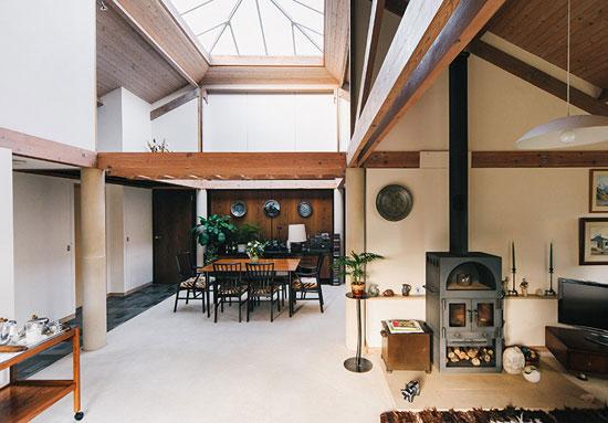1980s Ian Taylor-designed single-storey property in Gaunts Common, Dorset