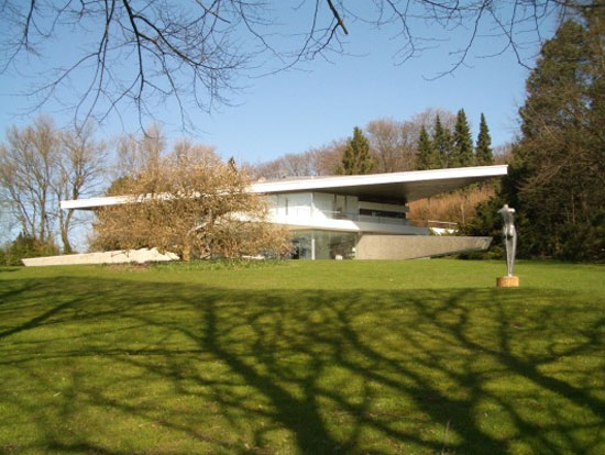 On the market: 1960s Professor Peter Neufert-designed modernist property in Essen-Bredeney, North Rhine-Westphalia, Germany