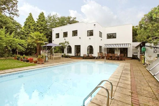 1930s five-bedroom art deco property in Gerrards Cross, Buckinghamshire