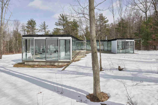 Michael Bell-designed modernist property in Ghent, New York, USA