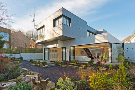 On the market: Contemporary modernist property in Mill Hill, London NW7