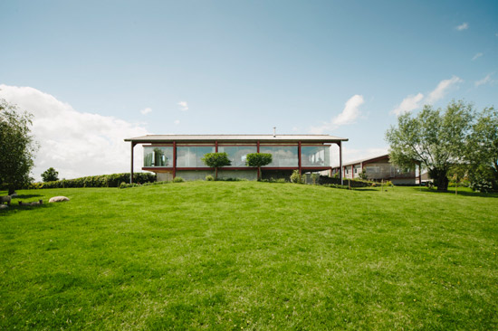 Holiday let: Richard Paxton-designed modernist barn in Glastonbury, Somerset