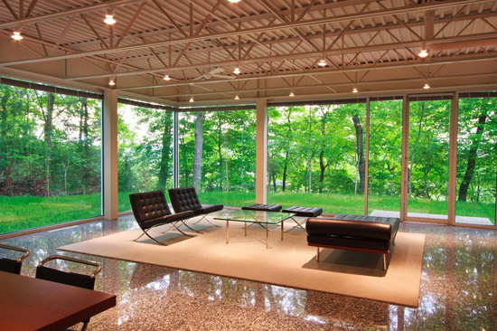 William Starke Shell modernist glass box property in Knoxville, Tennessee, USA