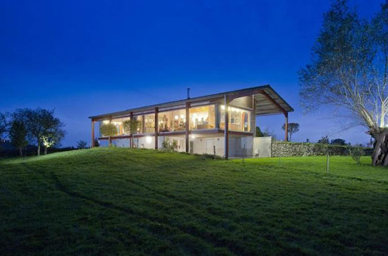 On the market: Richard Paxton-designed Upper Cranfield and Barn in Glastonbury, Somerset