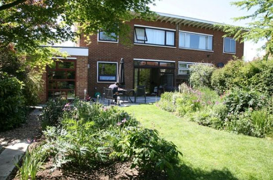 1950s three-bedroom Erno Goldfinger-designed property in Broadstairs, Kent