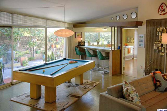 1950s Googie-inspired property in Glendale, California, USA