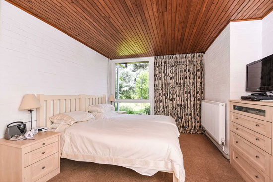 1960s Roger Dyer modernist property in Clapton in Gordano, near Bristol