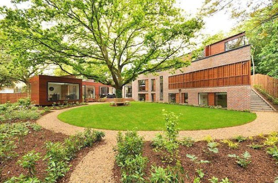 On the market: Michael Crowley-designed contemporary modernist property in Grove Park, London SE5