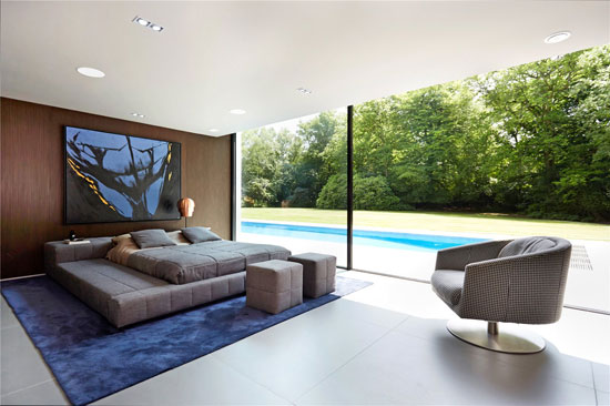 Grand designs modernist property in colgate horsham for Grand bedroom designs