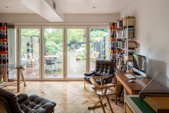 1960s Norman Starrett modern house in Chislehurst, Kent