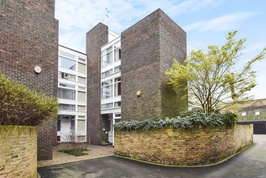 1960s Walter Greaves modernist property in Blackheath, London SE3