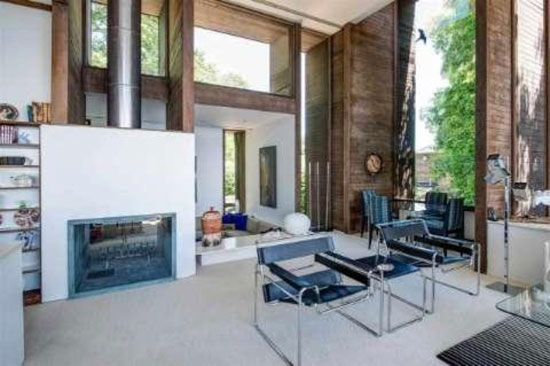 1970s Paul Rudolph-designed Brutalist property in Grosse Pointe Farms, Michigan, USA