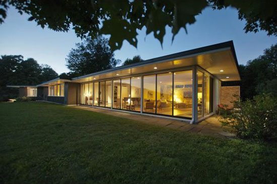 On the market: 1950s Alexander James Jr-designed modernist property in Dublin, New Hampshire, USA