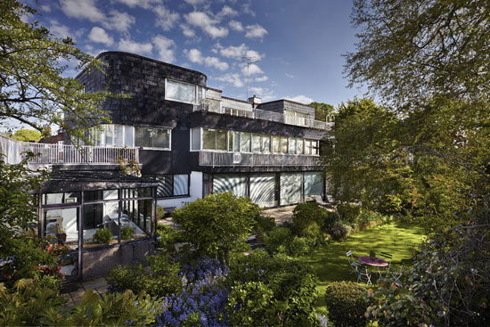 On the market: 1930s grade II-listed Walter Gropius-designed modernist property in London SW3