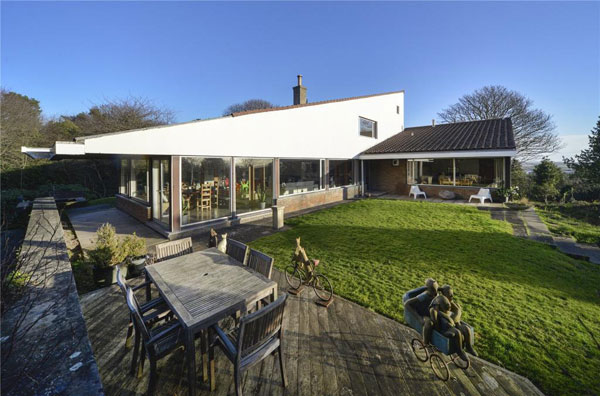 1960s Morris & Steedman modern house in Gullane, East Lothian, Scotland