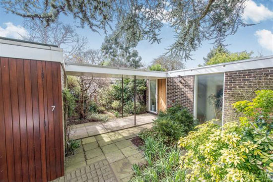 1950s modernist property in Ham, Richmond, Surrey