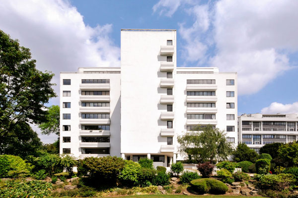 Grade I-listed modernism: Apartment in the 1930s Berthold Lubetkin-designed Highpoint in London N6