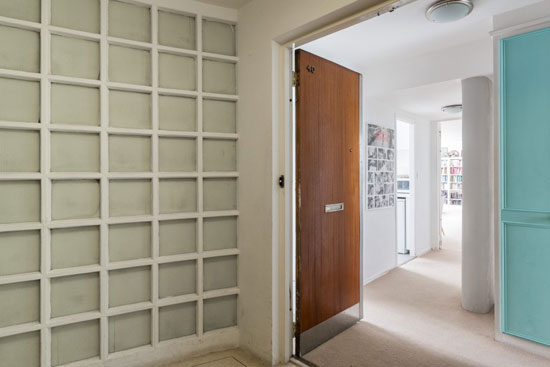 Apartment in the 1930s Berthold Lubetkin-designed Highpoint I in London N6