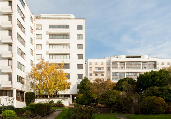 Four-bedroom duplex apartment in the 1930s Grade I-listed Berthold Lubetkin-designed Highpoint II building in North Hill, London N6