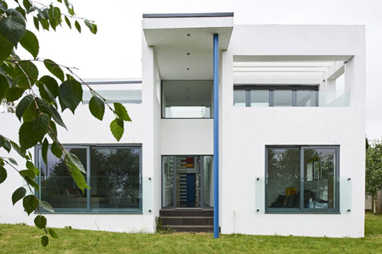 Bauhaus-inspired property in Hamble, Hampshire