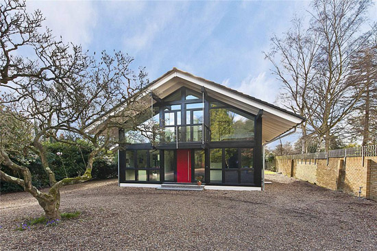 Three-bedroom Keitel Haus modernist property in Woburn Hill, Surrey