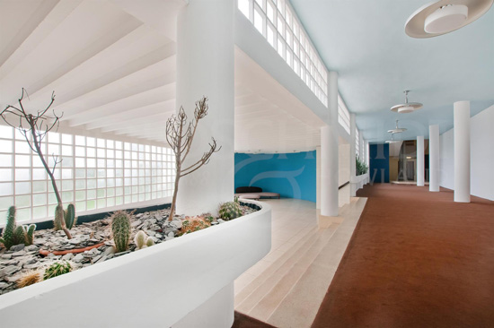 1930s modernism: Apartment in the Berthold Lubetkin-designed Highpoint I building in London N6
