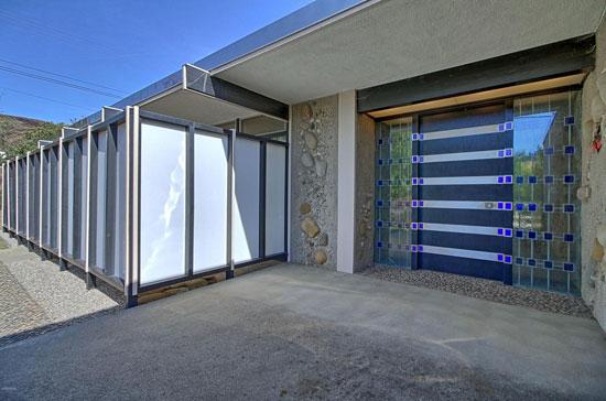 1960s Fred Hummel midcentury property in Ventura, California