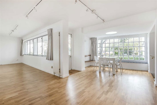 To let: Apartment in the 1930s Berthold Lubetkin Highpoint building in London N6