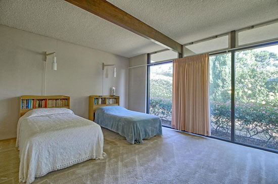 1960s Fred Hummel midcentury property in Ventura, California