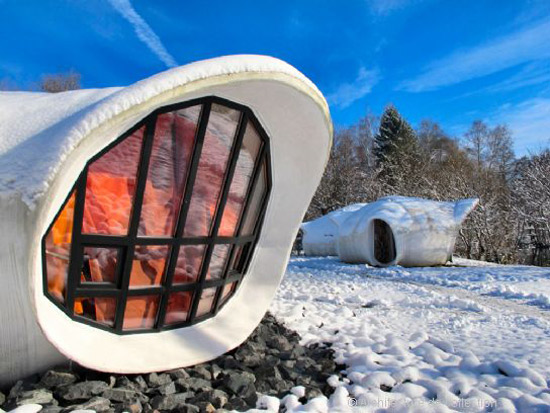 on the market 1960s pascal hausermann designed space age bubble houses in raon l etape north. Black Bedroom Furniture Sets. Home Design Ideas