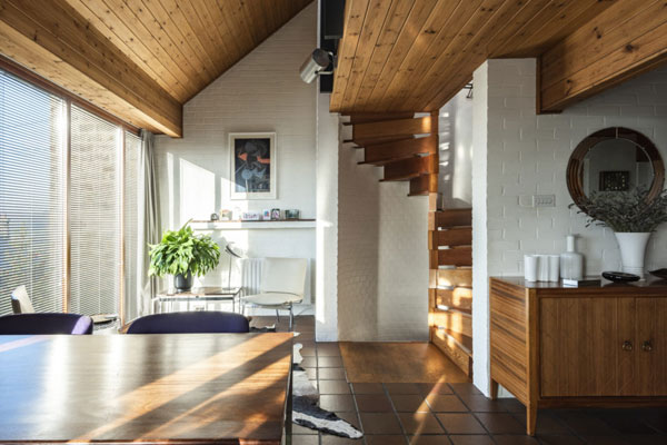 1960s John Humpston midcentury modern house in Hackney, Derbyshire