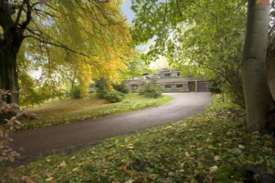 1960s seven-bedroom modernist property in Hampstead Village, London NW3