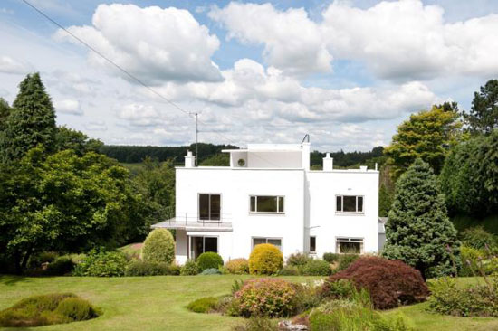 Four-bedroom 1930s art deco house in Harrogate, Yorkshire
