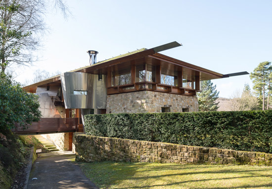 On the market: Michael Wilford-designed contemporary modernist property in Hartfield, East Sussex
