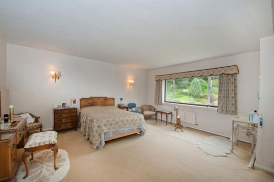 Four-bedroom 1930s art deco house in Harrogate, Yorkshire