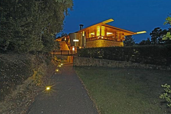 Michael Wilford-designed Lone Oak Hall property in Hartfield, East Sussex