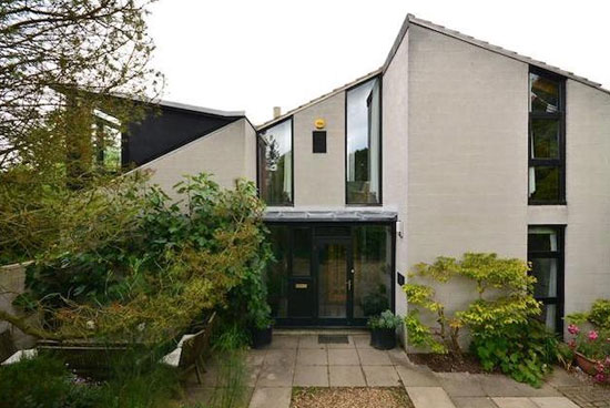 1970s Boston Saunders Architects-designed Lantic House in Haslingfield, near Cambridge