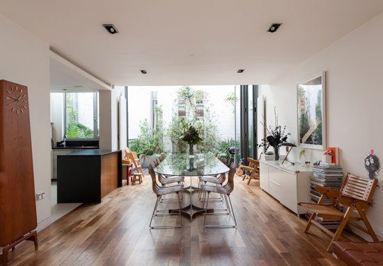 Buckley Gray Yeoman-designed four-bedroom contemporary modernist property in Haven Mews, London N1