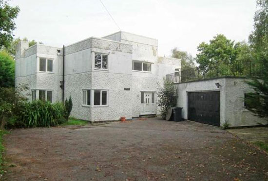 1930s five-bedroom art deco property in Hayling Island, Hampshire