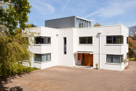 Northshore 1930s modernist property in Hayling Island, Hampshire
