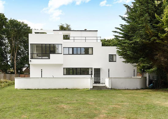 1930s Connell, Ward and Lucas-designed The Saltings modernist property in Hayling Island, Hampshire