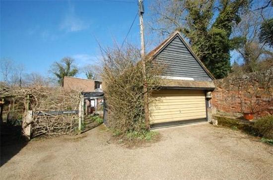 1960s modernist property in Hertford, Hertfordshire
