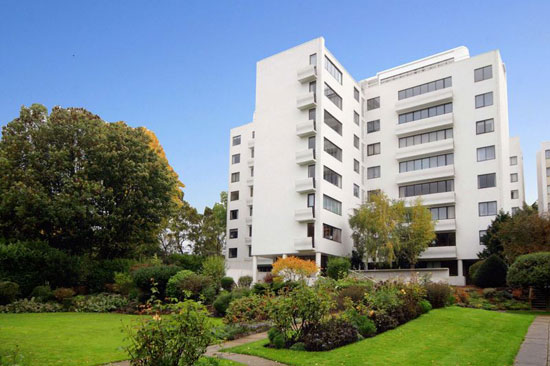On the market: Apartment in the Berthold Lubetkin-designed grade I-listed Highpoint building in London N6