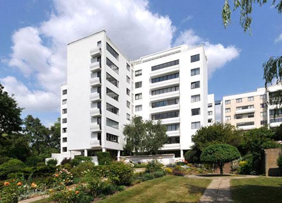 Three-bedroom apartment in the 1930s Berthold Lubetkin-designed Highpoint 1 building in London N6