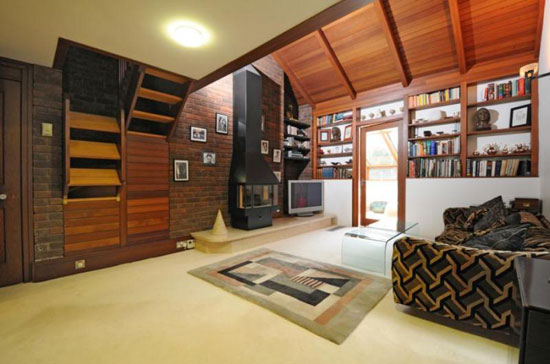 1960s Professor Hal Higgins-designed five-bedroom modernist property in Mill Hill, London NW7