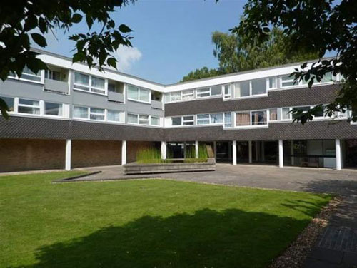 1950s grade II-listed Highsett apartment in Cambridge, Cambridgeshire