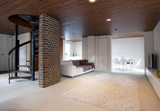 1970s three-bedroom property in Highbury New Park, London N5