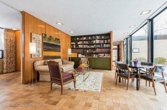 1950s James Speyer-designed modernist property in Highland Park, Illinois, USA