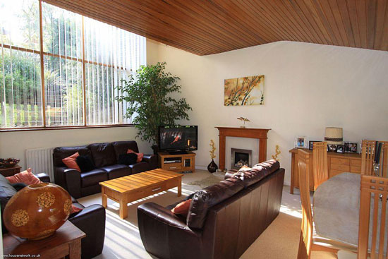 1960s architect-designed three bedroom house in Chandler's Ford, Eastleigh, Hampshire